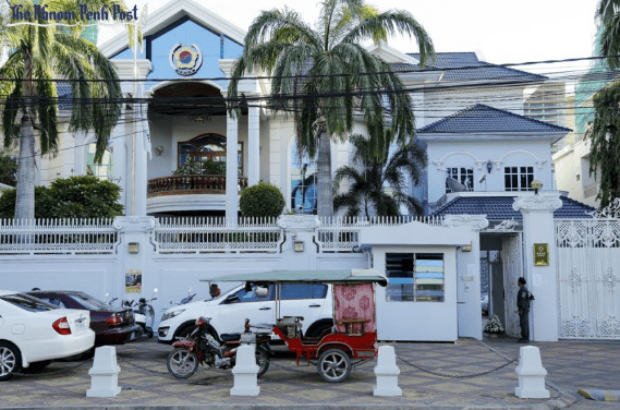 SRI LANKAN EMBASSIES AND CONSULATES