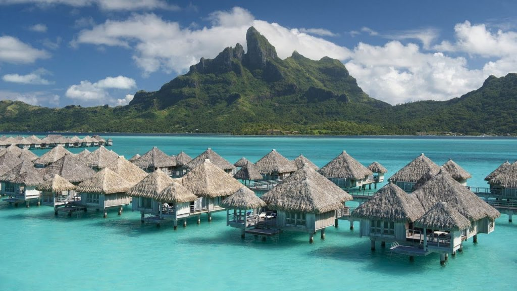 Luxurious Resorts at BORA BORA that offers you a great deal
